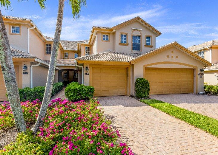 Bright, three-bedroom sunset villa #1
