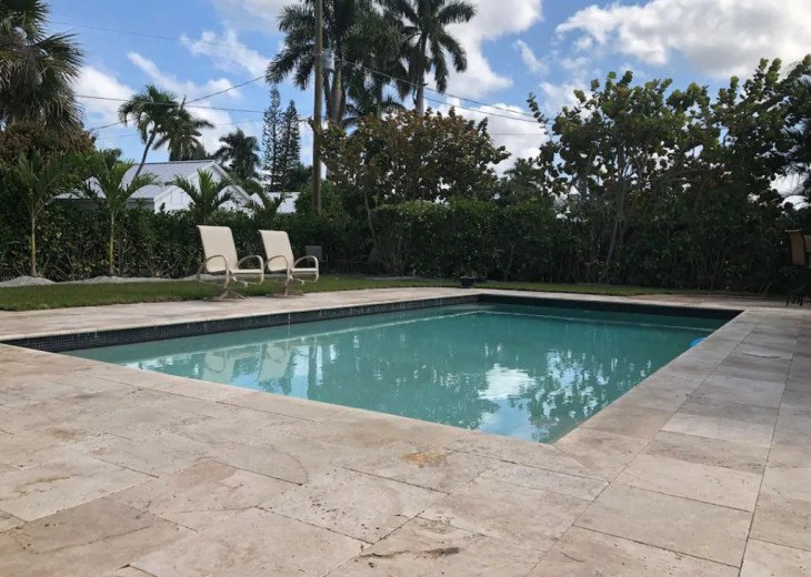 Close to the Beach & 5th Ave South - Studio Guest Home and Pool #1