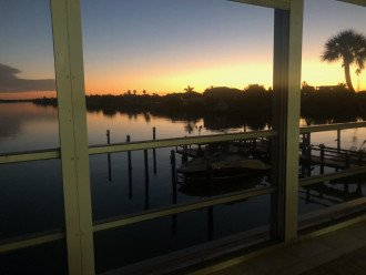 Beautiful, peaceful intercoastal sunrise views! Perfect snowbird couple getaway!