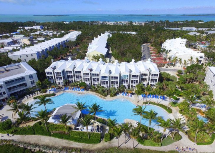 LICENSED MANAGER - 2/2 LUXURY SUITE - MOST UPSCALE OCEANFRONT RESORT IN KL! #1