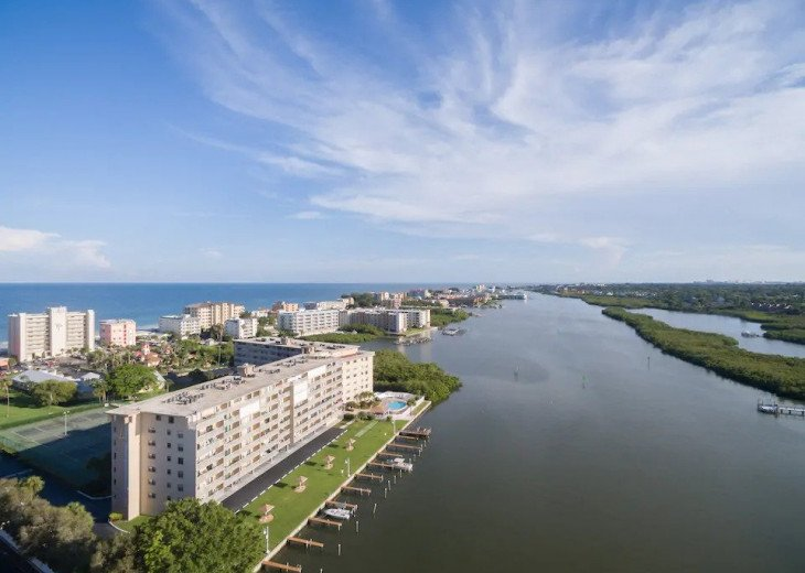 Condo with Long Views of the ICW and Panoramic to the Gulf