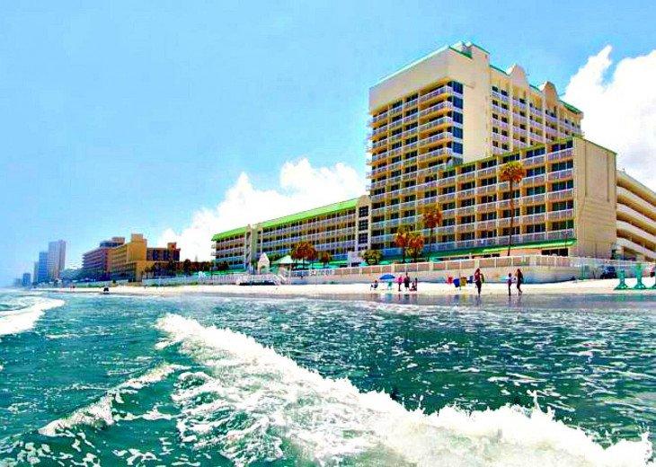 Daytona Beach Resort - 5th Floor Direct Oceanfront Balcony #1