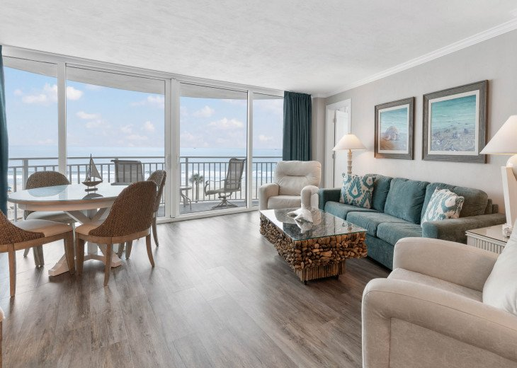 Ocean Front Living Dining Area