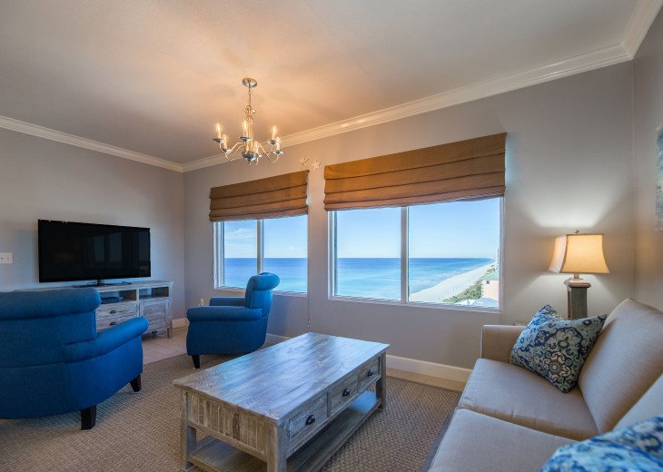 Living room with gorgeous views and queen sleeper sofa