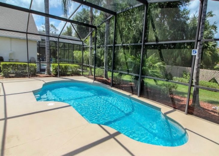 Your private pool, can be heated. Al fresco dining