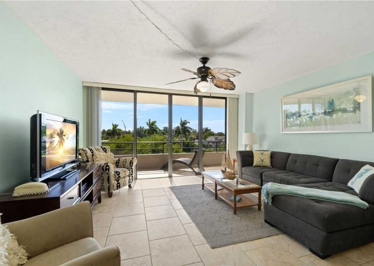 Open Living Area - Enter your air conditioned condo with an open concept design