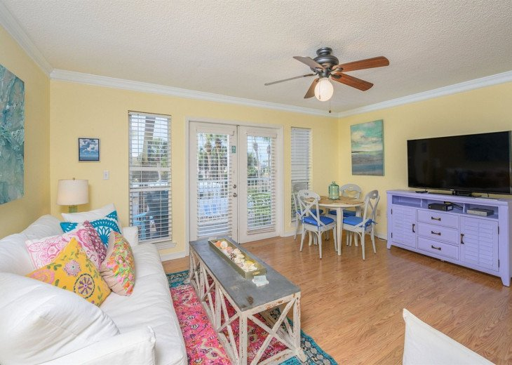 Blu Caribbean- Charming Gulf Place Unit #1