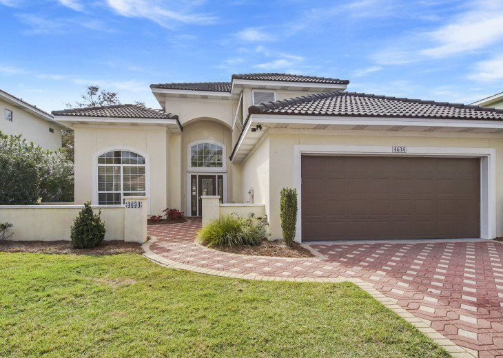 Destined For Paradise~3 bedrooms, 2.5 baths, sleeps up to 10 people. #1