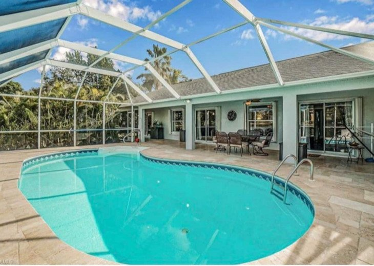 A Naples gem close to the beach and downtown #1