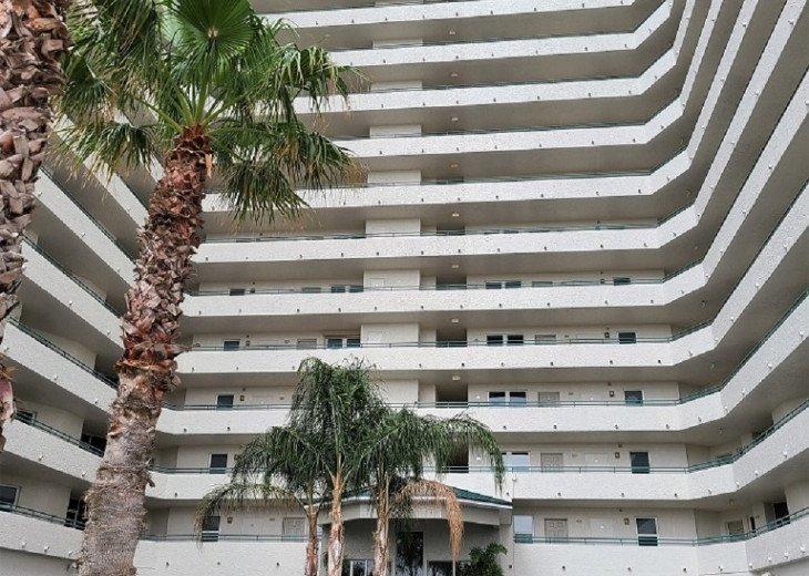 Daytona Beach Luxury Living Priced Less Than Most Motel Room!! #1