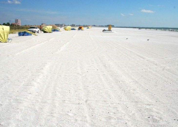 Awesome White Beach in Front of Sunset Vistas View South - Bilmar & Don CeSar.