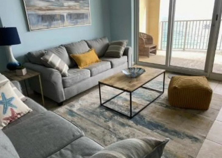 OCEANFRONT View With TWO NEW queen couches to stretch out