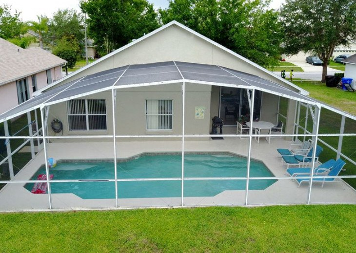Fabulous 4 Bedroom 2 Bath Accesses 24hrs to heated Pool #1