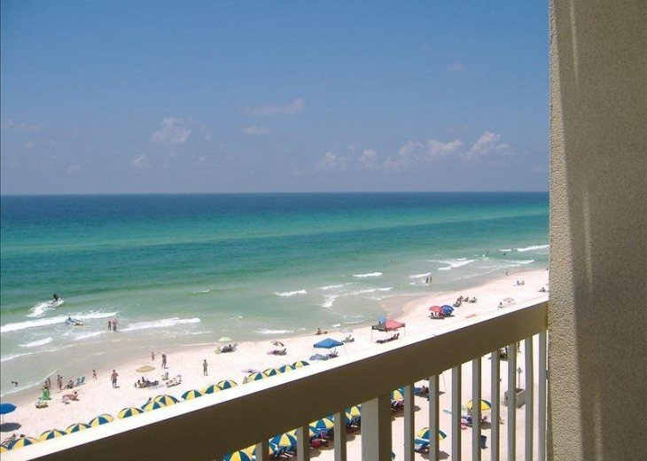 Beachfront. Sleeps 6 Low Floor. Great View! Discount 20% March 1-19! #1