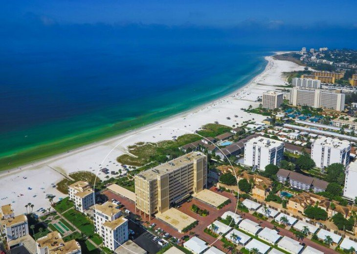Beach condo directly on the #1 voted beach in the USA - Siesta Key