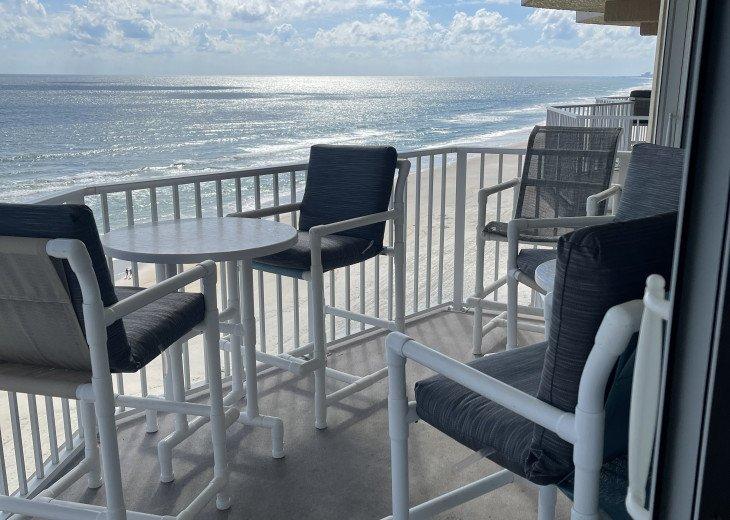 Balcony seats 5