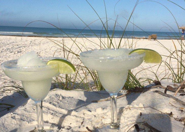 Tropical Escape! Fabulous Amenities 1Br Siesta Key Inn Coconut Palm #1C #1