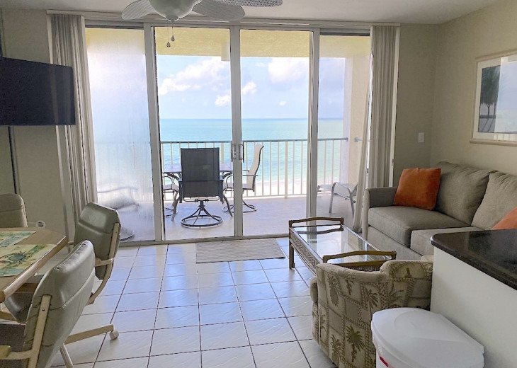 Magnificent beachfront condo w/ heated pool & parking - SUPERB PRICE #1