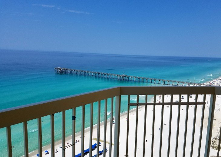 Welscome to your private beach retreat! You deserve something special!