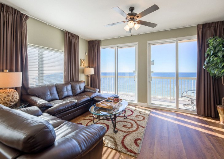 Newly updated with hardwood floors throughout! Perfect views of the gulf!