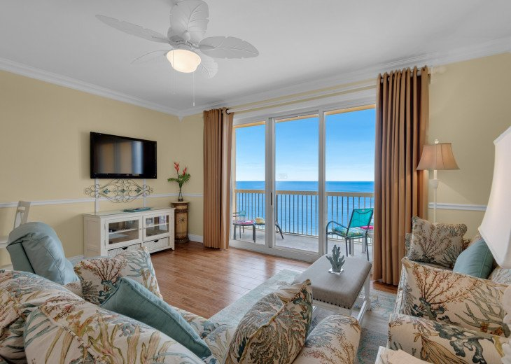 BEACHFRONT! Calypso Resort 10th Floor~FREE Beach Chairs! Across Pier Park! #1