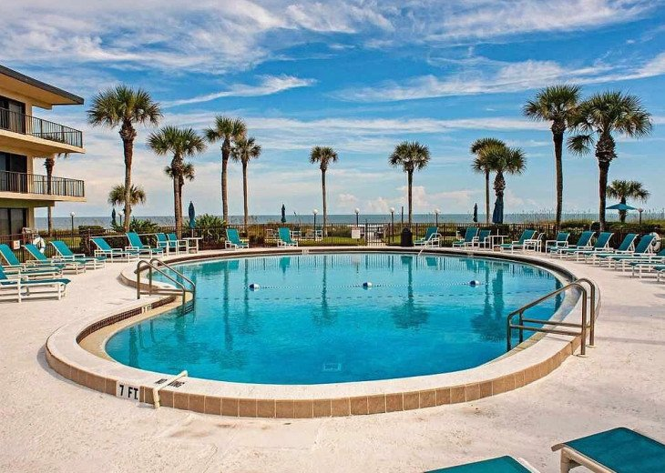 Beachfront Resort,Ground Floor,WiFi, 2br/2b,Sleep 6,St Augustine Beach,FL #1