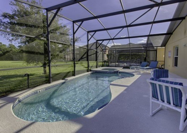 "Gorgeous Lakefront Resort Pool Home - your ""Home Away from Home"" for 6 to 12 #1"