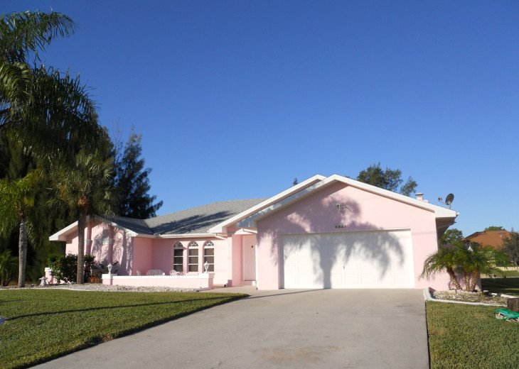 The Pink Palace in Cape Coral, FLorida