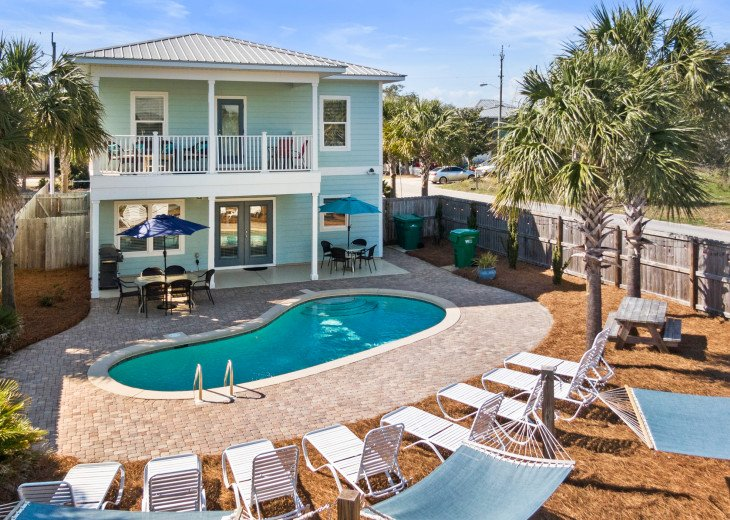Gorgeous Home- Private Pool- Free 6 Seat Golf Cart Included! 3 Minutes to Beach #1