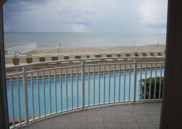 Unit 106 Luxurious 1st Floor Oceanfront - St Maarten #1