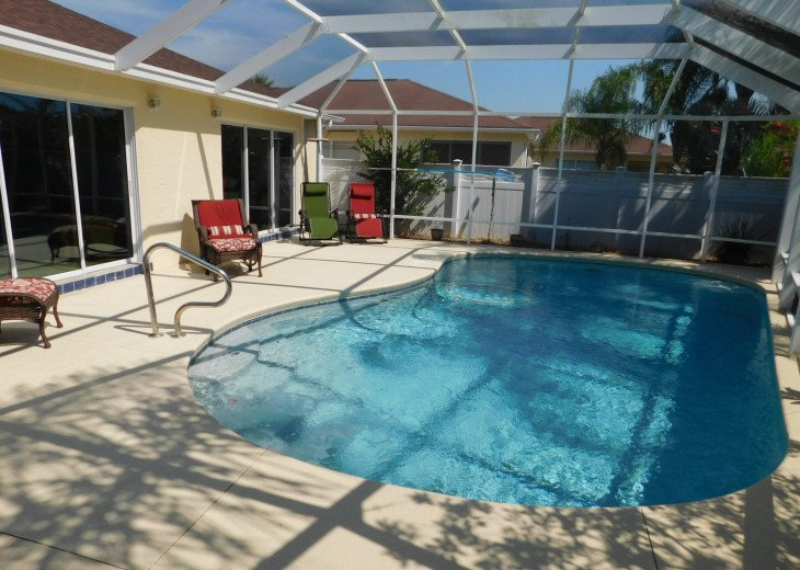Red Hill - Beautiful Pool home close to Sumter Landing town square #1