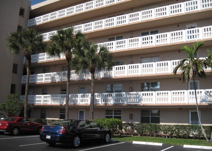 Hollywood/Dania Beach Area - Seasonal Rental #1