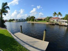 WATERFRONT/GULF ACCESS 2 bedroom 2 bath cottage, DOWN TOWN Cape Coral #1
