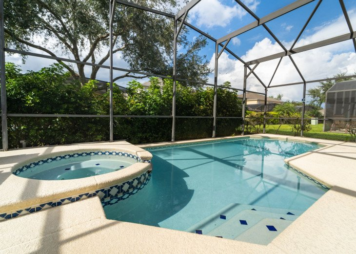 Your private pool and spa