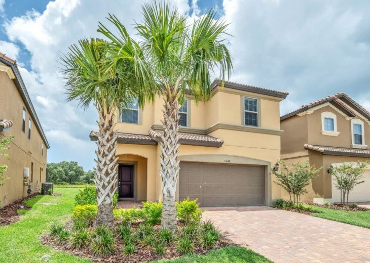 7 Bd 5.5 Ba Pool/Spa Lake View. Games Room. Modern & Affordable. Solterra Resort #1