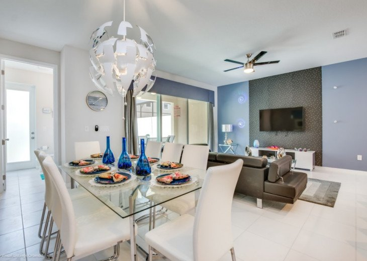 Very Affordable. Spacious Modern Solara Resort Town Home. Private Pool. #1