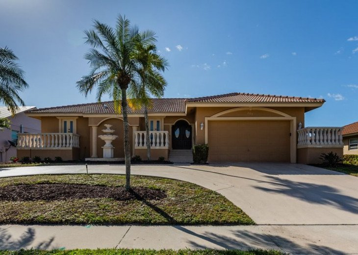 Robin Ct, 865 – ROB865- 3 bedrooms and 2.0 bathrooms in Marco Island, FL #1