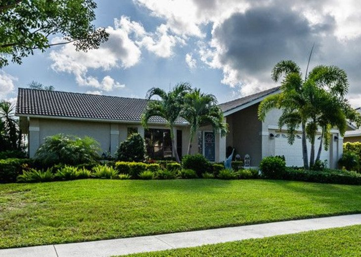 Edgewater Ct, 401 – EDGE401- 3 bedrooms and 2.0 bathrooms in Marco Island, FL #1