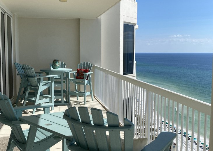 Spectacular Outside Dining and Living with the Best Views on the Gulf