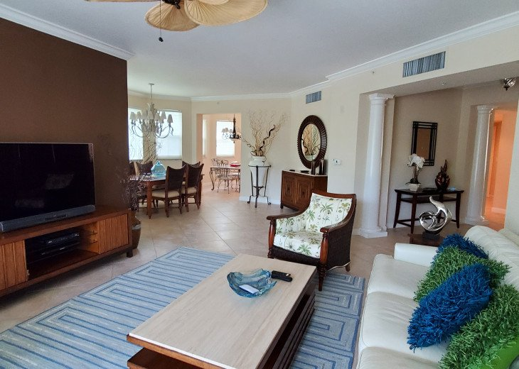 The Dunes of Naples - 3 BR/3 BA in the Cayman Bldg - A perfect Covid getaway! #1