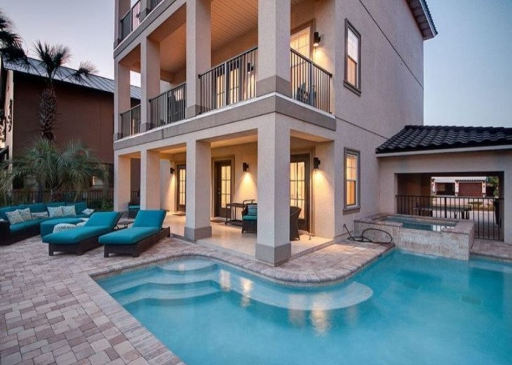 Features a Private Pool and Spa