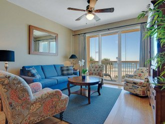 2nd Floor, GORGEOUS GULFFRONT, wood floors, New TVs/Beds, , 1King, 3Full, 1Twin,