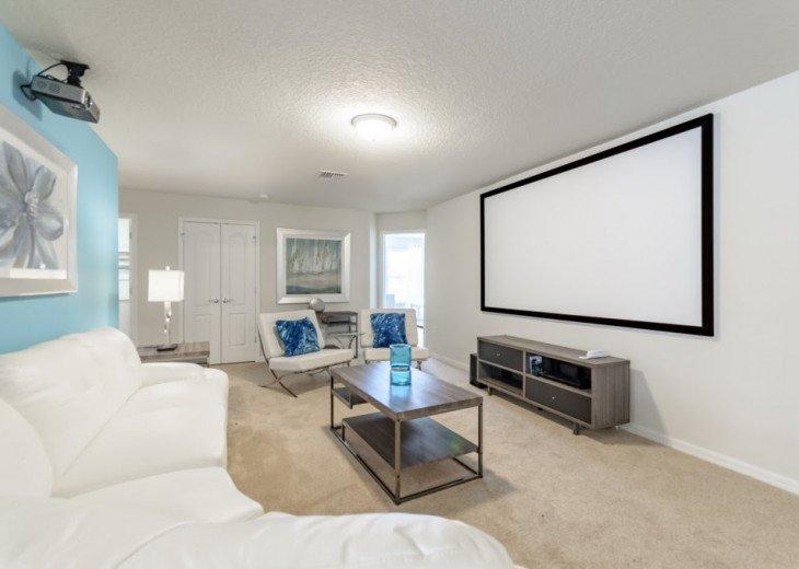 Fantastic 9BD 6BA Sleeps 20 Home Cinema, Game Room, Pool Spa Free use of Resort #1