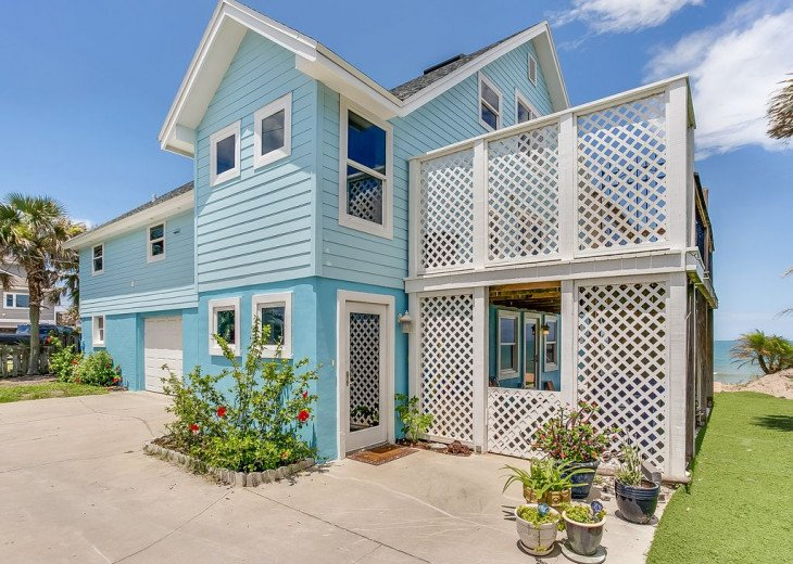 """""""Seaside Sanctuary"""" is the tranquil, oceanfront getaway that you're looking for. #1"""