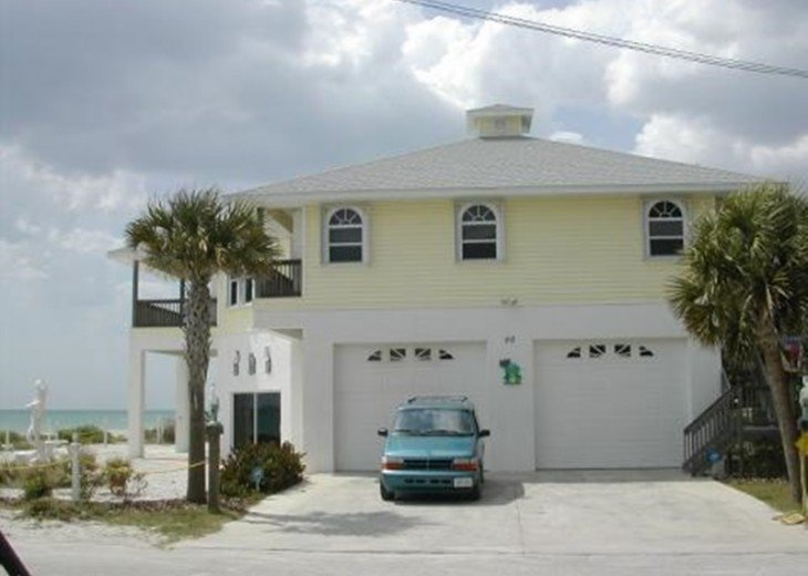 """""""COQUINA COVE..The ultimate Gulf front vacation! #1"""