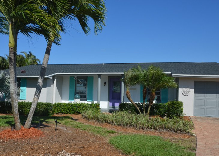GREAT 2BR HOME WITH POOL, GOLF COURSE VIEWS, MINUTES TO THE BEACHES #1