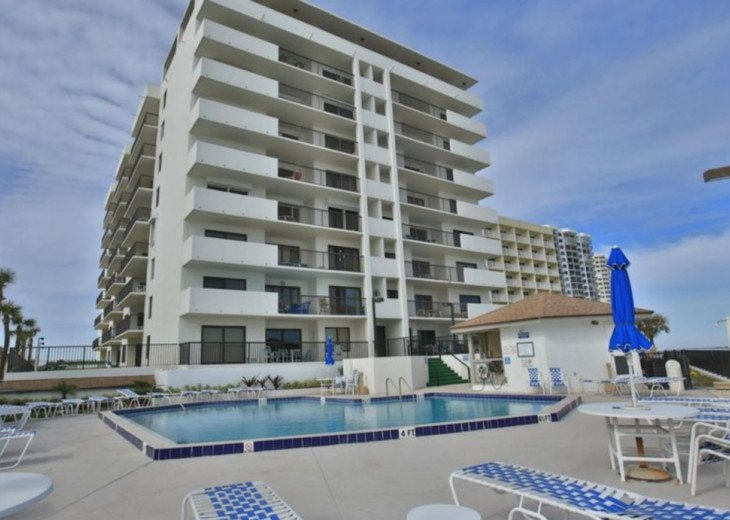 BEACH FRONT CONDOS AT SANDPOINT AND PECK PLAZA #1