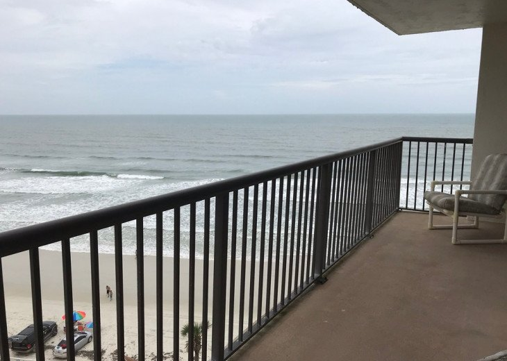 SOUTHERN COMFORT Incredible Ocean/Sunset Views Sandpoint Condo On The Beach 7F #1