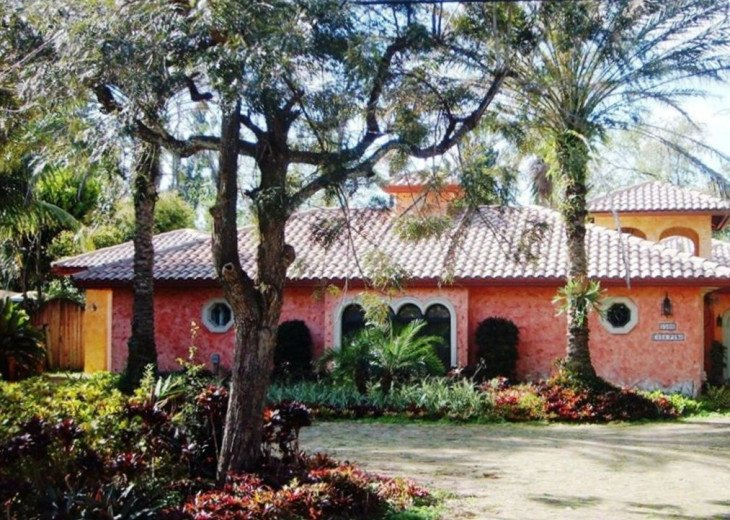 Charming Guest House in Plantation #1