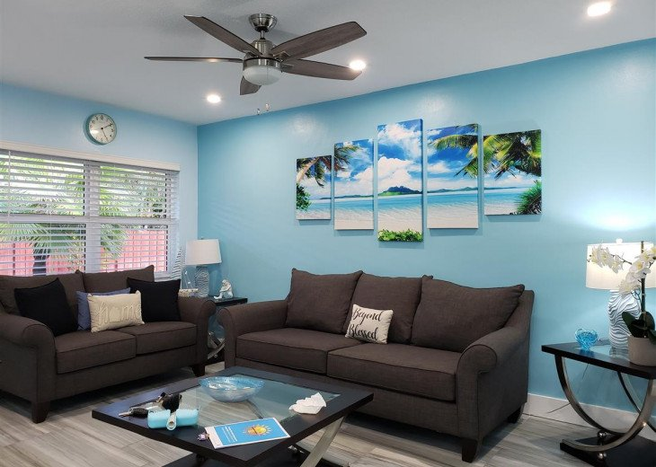 Blue Escape modern 1bdrm 2miles to Hollywood Beach #1